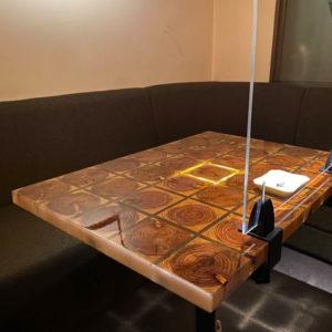 小口のレジンテーブル